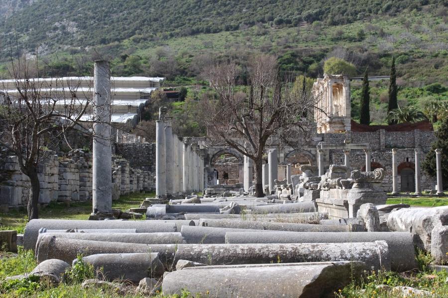 Broken pillars. The Celsus Library is in the top right corner.