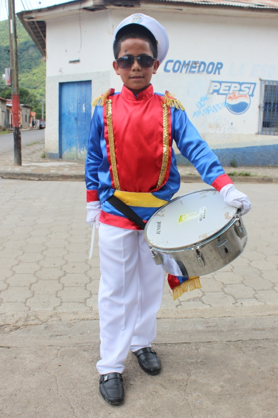 A niño returning from the Independence Day parades.