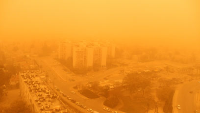 Dust storm over Be'er Sheva. Photo: Ynet